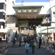 4西新井駅前1